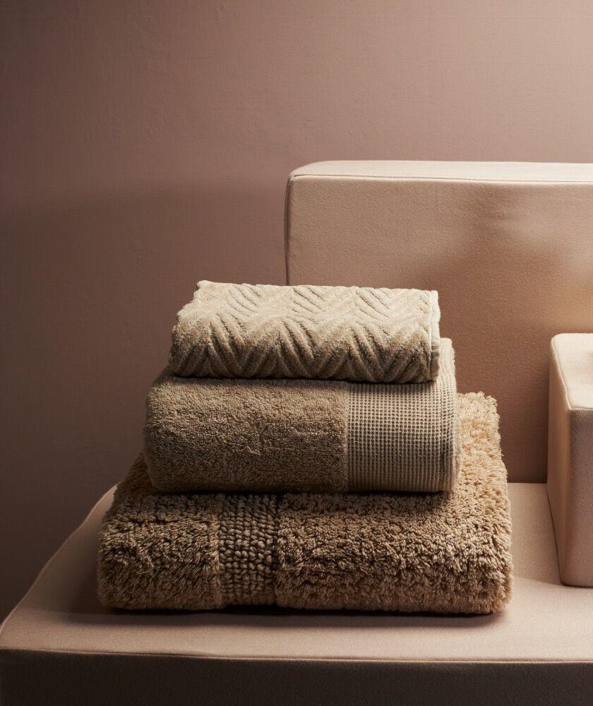 WK52_21-HomeCLP-EDL03_1-Towels