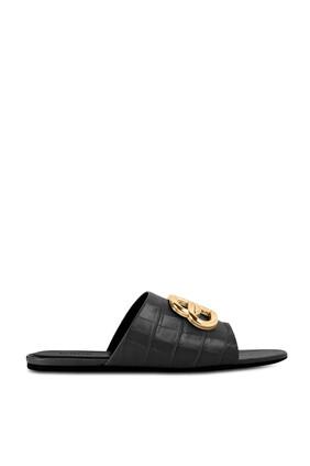 حذاء مفتوح بنقشة جلد التمساح وشعار BB بتصميم بيضاوي