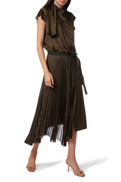 فستان ستان بطيات