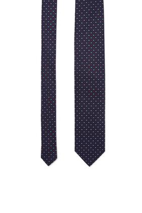 ربطة عنق بنقشة أشكال هندسية