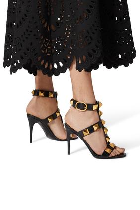 حذاء رومان بحلي هرمية وكعب مرتفع