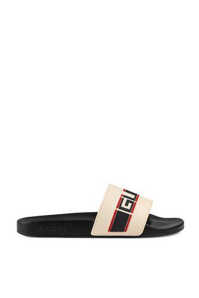حذاء مفتوح غوتشي بتصميم مخطط