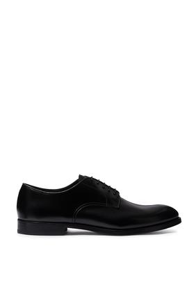 حذاء ديربي مونزا بتصميم كلاسيكي