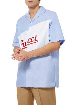 قميص بولينغ بشعار الماركة وقصة فضفاضة