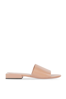 حذاء مفتوح جلد ماعز لامع بكعب مربع