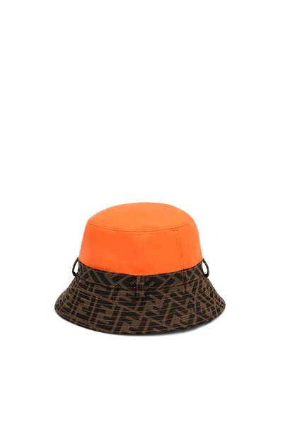 قبعة باكيت بنقشة شعار الماركة