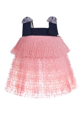 فستان بتصميم ترابيز وطيات