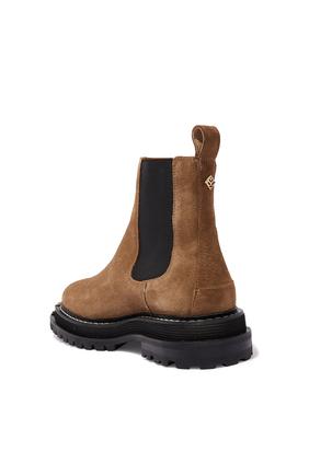 حذاء بوت تشيلسي بطول الكاحل