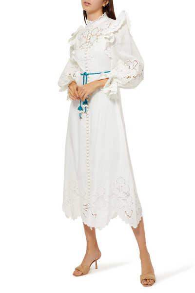 فستان كارنابي دانتيل بحواف صدفية