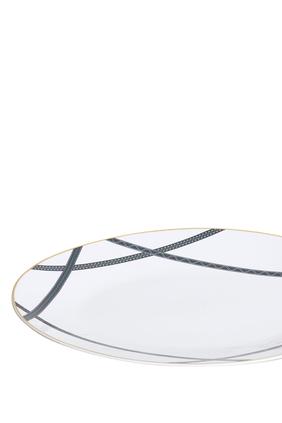 طبق تقديم تالا بتصميم بيضاوي