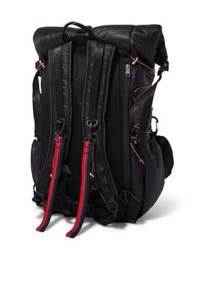 حقيبة ظهر مزينة بعبارة And Wander