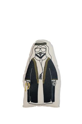 وسادة بطبعة رجل يرتدي بشت